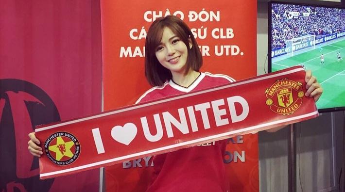 Tú Linh đối đầu HLV Lê Thụy Hải vì derby Manchester - Ảnh 4.