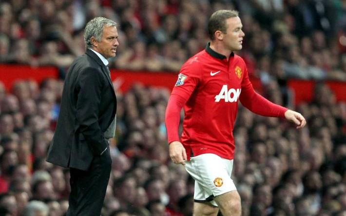 Bênh Rooney nhưng Mourinho sẽ... trảm đội trưởng Man United - Ảnh 1.