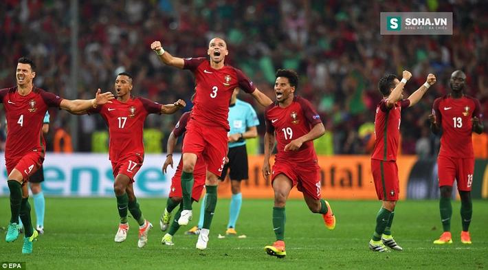 Giá trị các pha... bỏ lỡ của Ronaldo - Ảnh 2.