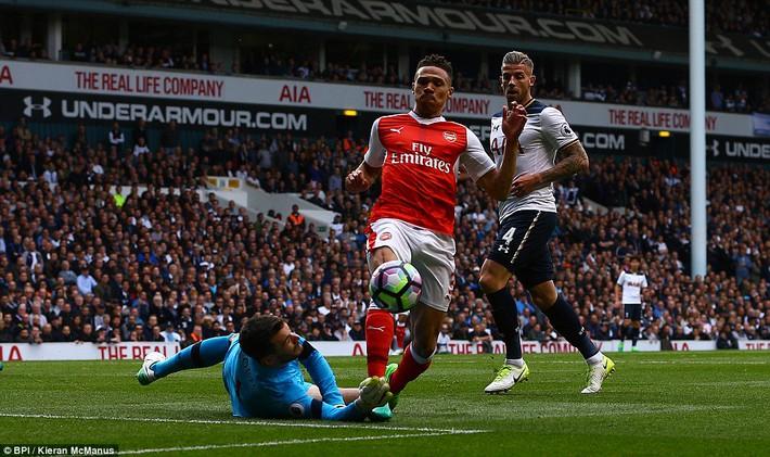 Trút niềm căm hận trăm năm, Tottenham ép Arsenal cúi gục đầu trên White Hart Lane - Ảnh 9.