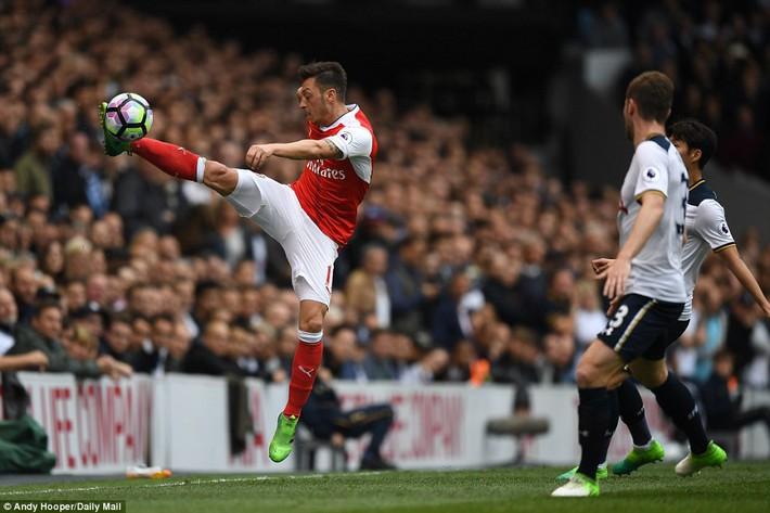 Trút niềm căm hận trăm năm, Tottenham ép Arsenal cúi gục đầu trên White Hart Lane - Ảnh 10.