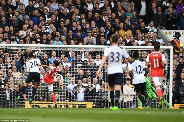 Trút niềm căm hận trăm năm, Tottenham ép Arsenal cúi gục đầu trên White Hart Lane - Ảnh 11.