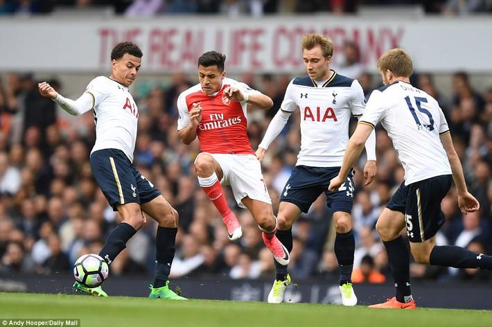 Trút niềm căm hận trăm năm, Tottenham ép Arsenal cúi gục đầu trên White Hart Lane - Ảnh 13.