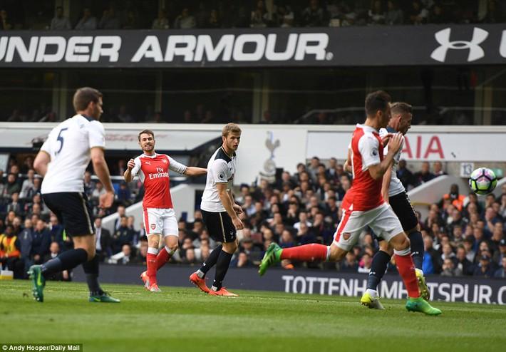 Trút niềm căm hận trăm năm, Tottenham ép Arsenal cúi gục đầu trên White Hart Lane - Ảnh 15.