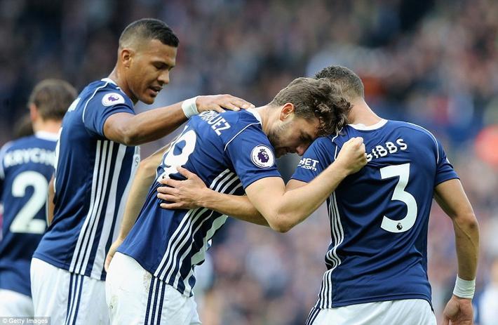 5 phút điên rồ, trận cầu mãn nhãn, và Man City tiếp mạch xưng bá Premier League - Ảnh 10.