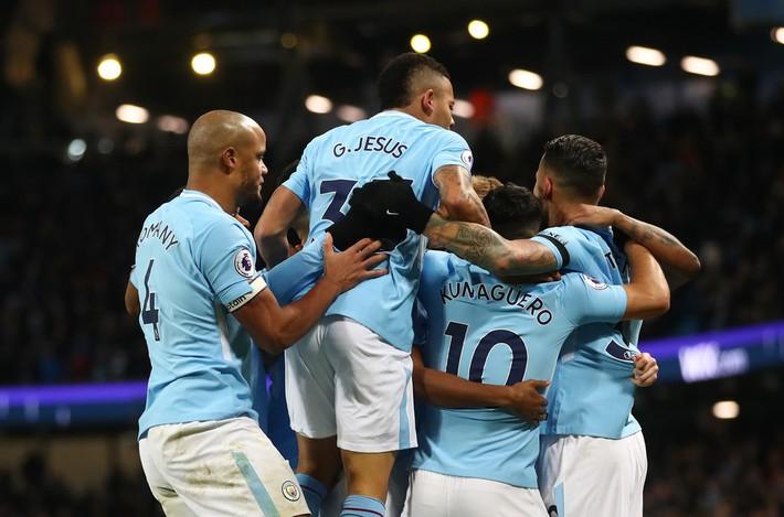 Vô địch Premier League là chuyện nhỏ, Pep còn tính phủ xanh cả nước Anh cơ! - Ảnh 3.