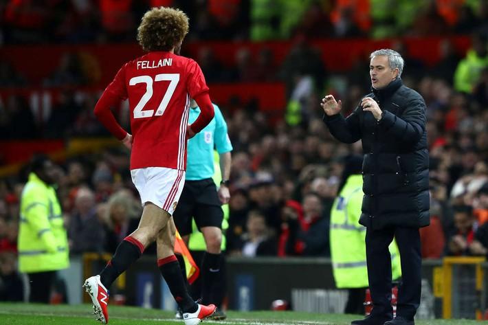 Fellaini không xứng đáng làm thủ quân Man United, thì còn ai xứng đáng? - Ảnh 4.