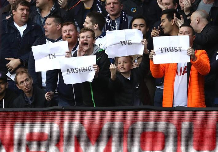 Thua bẽ bàng, Wenger biện hộ... thắng Tottenham không phải mục tiêu của Arsenal - Ảnh 2.