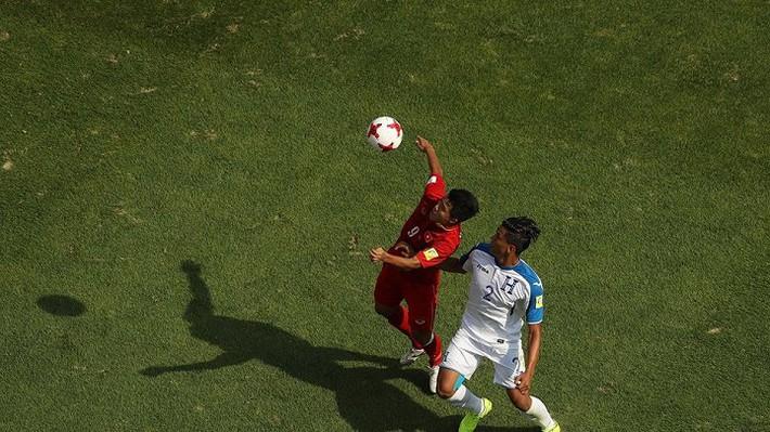 Tài năng U20 Việt Nam được kỳ vọng thay thế Công Vinh - Ảnh 2.
