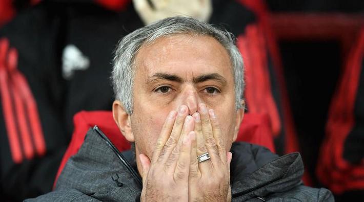 BÁO ĐỘNG cho M.U: Mourinho đã trở thành biểu tượng thất truyền - Ảnh 2.