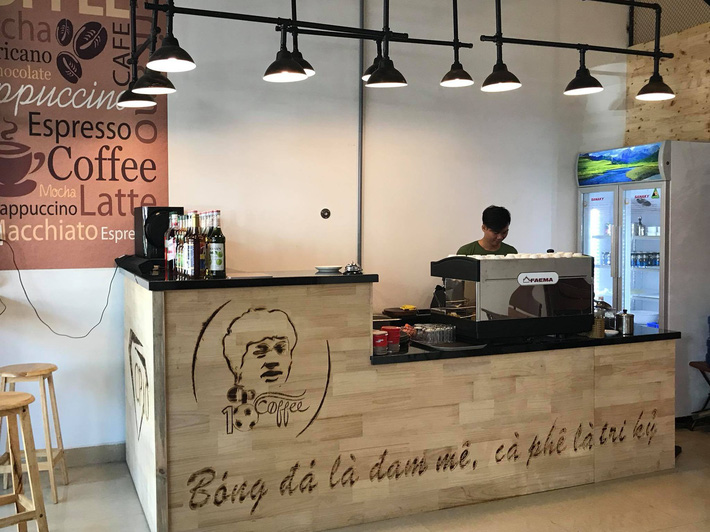 Cận cảnh quán cafe mới khai trương của Công Phượng - Ảnh 5.