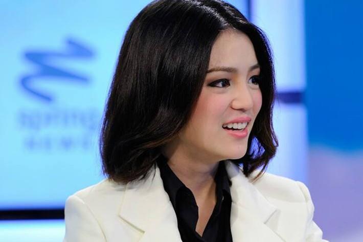"""""""Đại mỹ nhân"""" Thái Lan và chuyện """"làm quan"""" của U22 Việt Nam - Ảnh 3."""