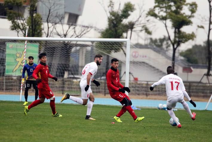 U23 Việt Nam 1-1 U23 Palestine: Nỗi sợ hãi 10 phút của HLV Park Hang-seo - Ảnh 1.