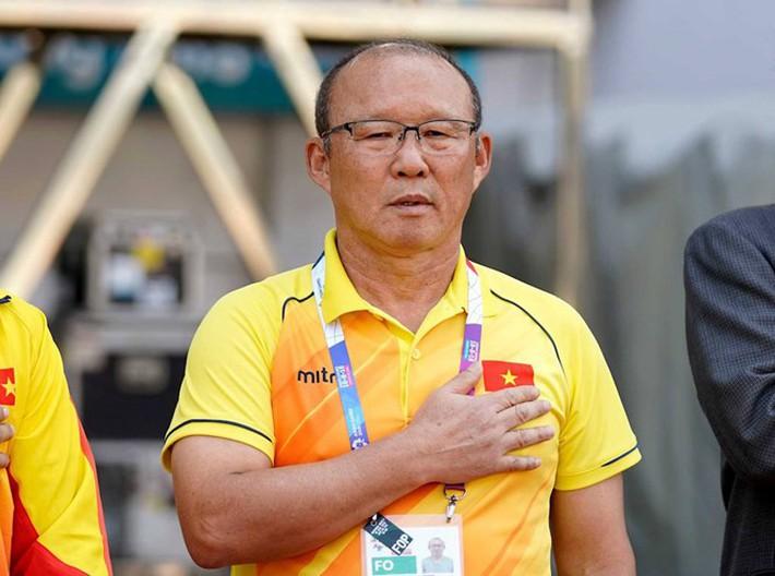 HLV Lê Thụy Hải: Tình thế của ông Park đang rất khó khăn - Ảnh 2.