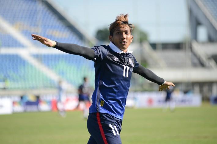 Trước thềm AFF Cup, người Thái lại tính chuyện chiêu mộ Quang Hải - Ảnh 2.