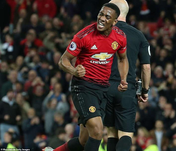 """Pogba và 3 kẻ """"bị ngược đãi"""" đã đập tan 2 chữ """"phản thầy"""" ở Man United thế nào?  - Ảnh 3."""