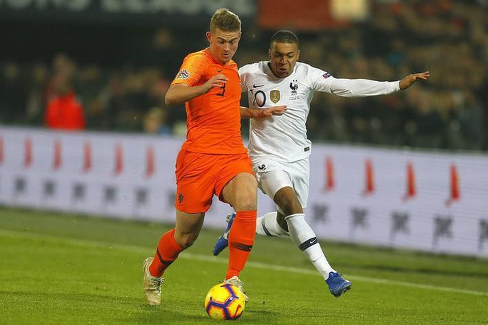 Pháp bất ngờ thua Hà Lan, đẩy Đức xuống hạng ở sân chơi UEFA Nations League - Ảnh 1.