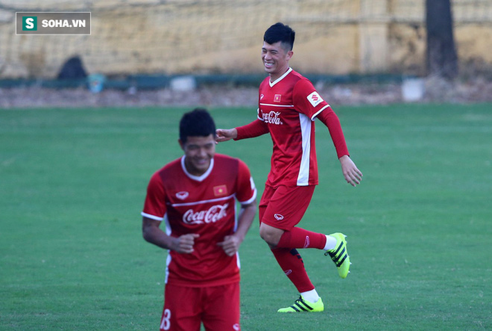 HLV Park Hang-seo lần đầu trao nhiệm vụ cho Vua phá lưới nội V.League 2018 - Ảnh 2.
