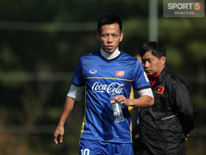 Quang Hải và những tuyển thủ Việt Nam nào sẽ có kỳ AFF Cup đầu tiên trong sự nghiệp? - Ảnh 1.
