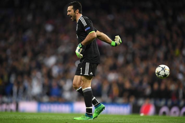 """Trận Champions League đầu tiên của Buffon cho PSG hóa ra là """"chung kết"""" - Ảnh 2."""