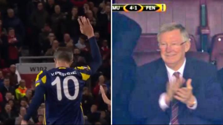 Nani nắm chặt tay động viên Welbeck: Mãi là anh em kiểu Man United - Ảnh 3.