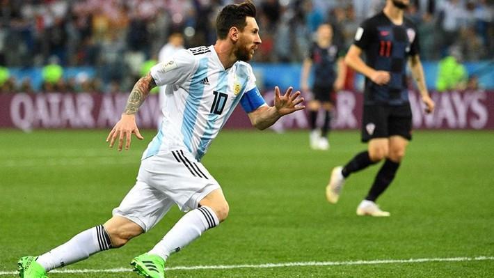 Mbappe tự tin đánh bại Messi, Ronaldo - Ảnh 2.