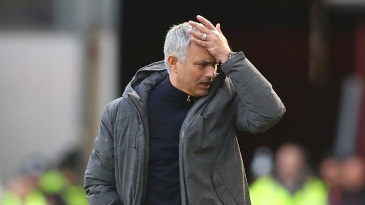 Khi cái hang cuối cùng bị đập vỡ, Mourinho cuối cùng đã chạm đến 2 chữ hết thời - Ảnh 5.