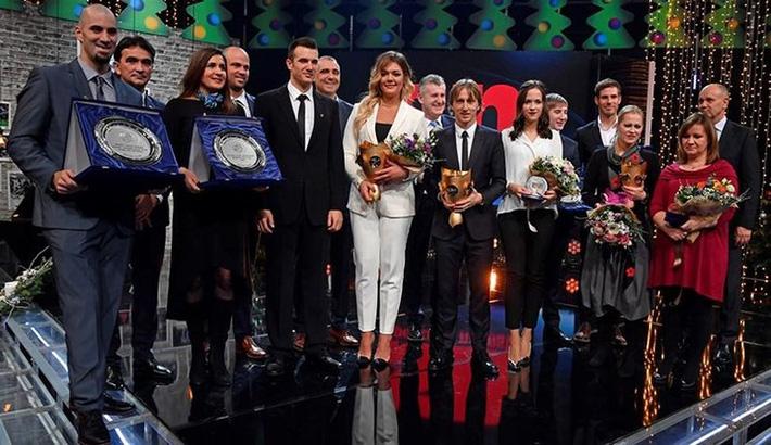 Sau quả bóng vàng, Modric tiếp tục được vinh danh ở Croatia - Ảnh 2.