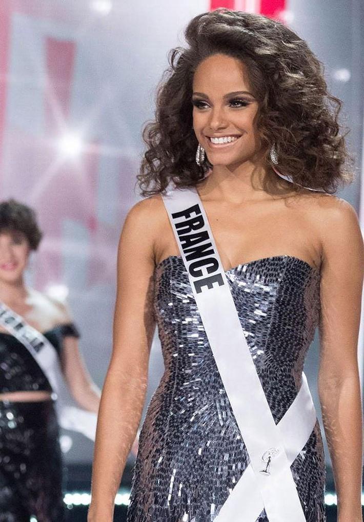 Cô bạn gái tin đồn là Hoa hậu giúp Mbappe thăng hoa - Ảnh 5.