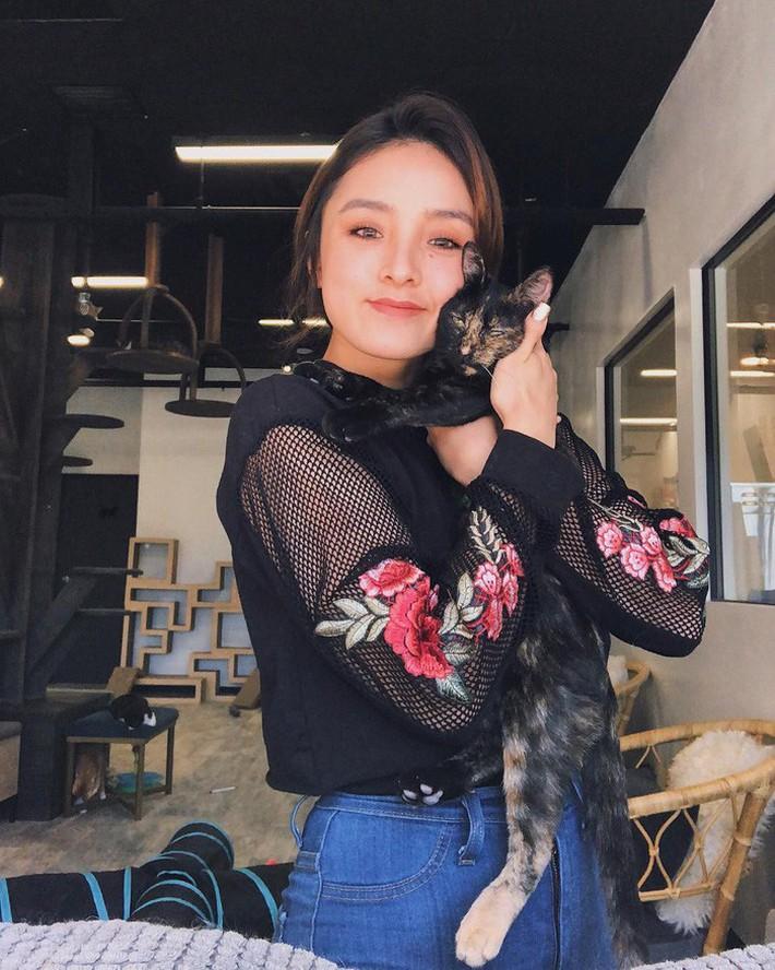 Cổ động viên Philippines xinh đẹp hút hồn tại AFF Cup 2018 - Ảnh 6.