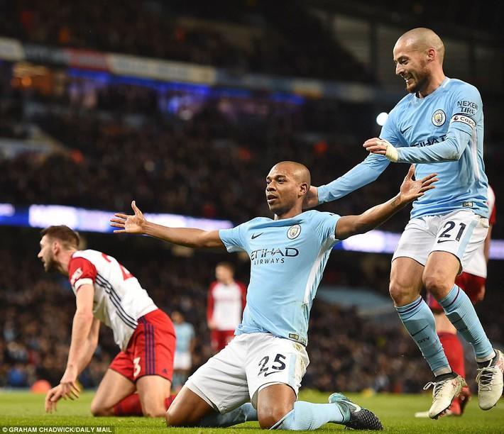 Tân binh 57 triệu bảng ra mắt, Man City sạch lưới, thắng dễ như trở bàn tay - Ảnh 7.