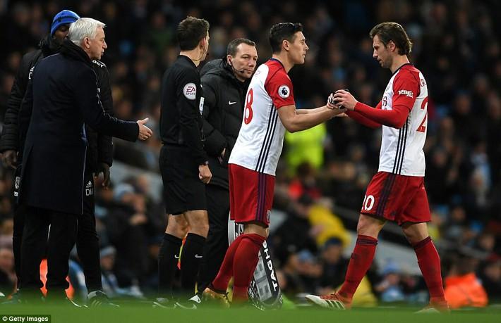 Tân binh 57 triệu bảng ra mắt, Man City sạch lưới, thắng dễ như trở bàn tay - Ảnh 9.