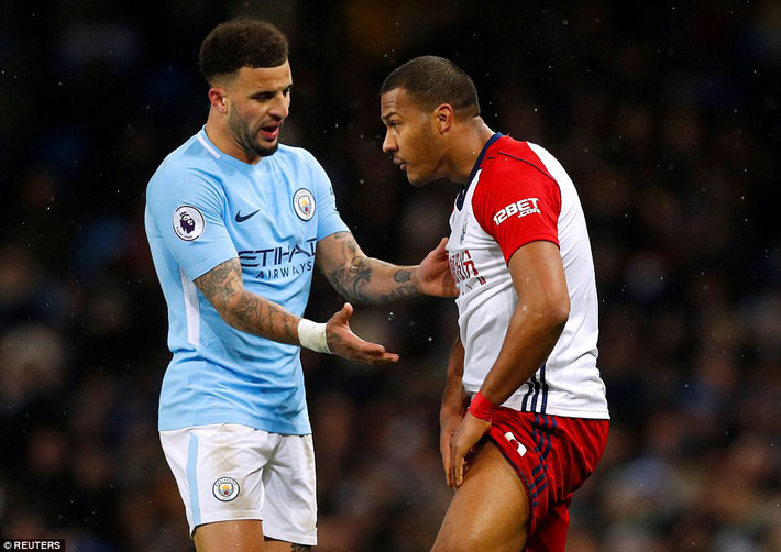Tân binh 57 triệu bảng ra mắt, Man City sạch lưới, thắng dễ như trở bàn tay - Ảnh 16.