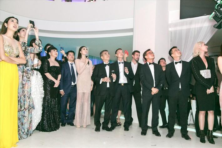 Quả bóng ghi dấu Quang Hải, Tiến Dũng gây quỹ từ thiện gần 3 tỷ đồng - Ảnh 2.