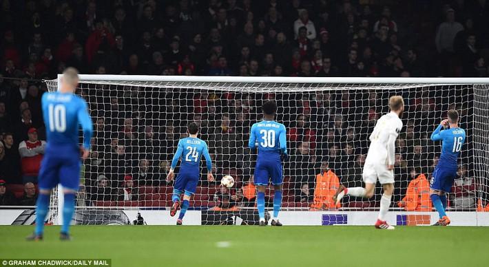 Chủ quan khinh địch, Arsenal lãnh đòn đau từ đội bóng vô danh ngay trên sân nhà - Ảnh 1.