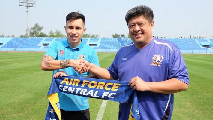 U23 Việt Nam kết thúc chạy show, cựu tuyển thủ Việt Nam gia nhập Thai League - Ảnh 2.