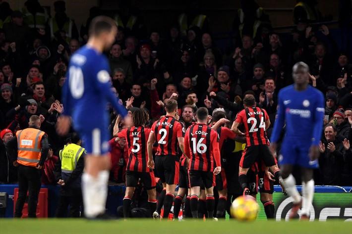 Conte đang vỗ thẳng mặt giới chủ Chelsea như thế nào? - Ảnh 1.