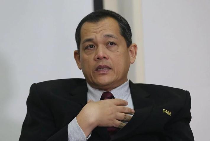 Bóng đá Malaysia 'tạo đáy mới' hoàng tử muốn từ chức - Ảnh 2.