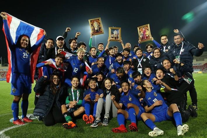 Giành vé dự World Cup, Thái Lan nhận mức thưởng lớn chưa từng có - Ảnh 1.
