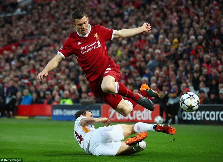 Salah khơi mào cho đêm Liverpool vùi dập AS Roma, khiến Barca tiếc đến ngẩn ngơ - Ảnh 5.
