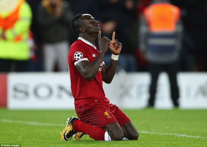 Salah khơi mào cho đêm Liverpool vùi dập AS Roma, khiến Barca tiếc đến ngẩn ngơ - Ảnh 23.