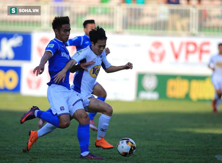 Từ thảm bại trước Hà Nội FC, Công Phượng và đồng đội tỏa sáng ở Pleiku - Ảnh 2.