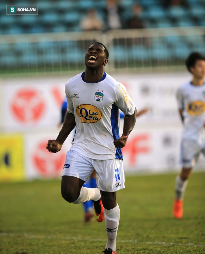 Từ thảm bại trước Hà Nội FC, Công Phượng và đồng đội tỏa sáng ở Pleiku - Ảnh 4.