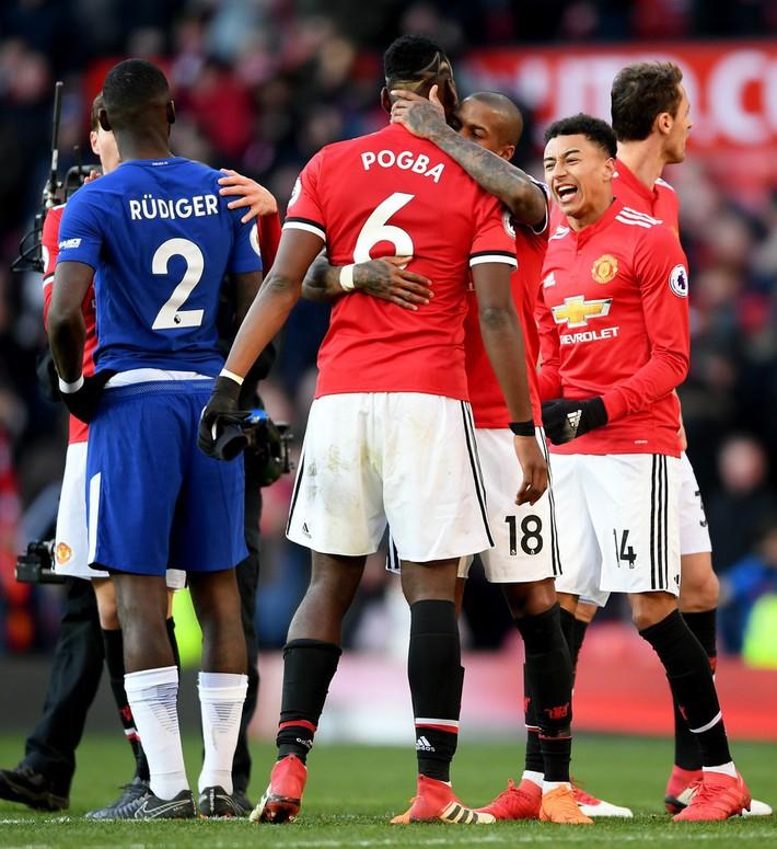 Man United: Thiên đường không xa, địa ngục lại càng gần - Ảnh 3.