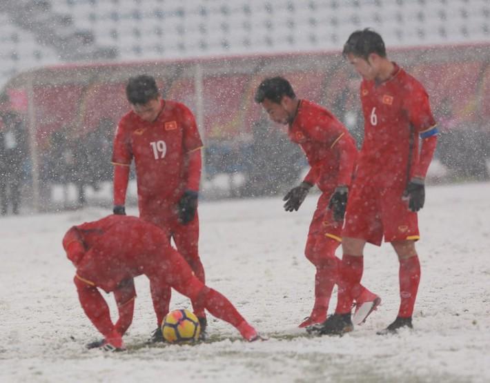 Đừng để hình ảnh U23 Việt Nam bị lợi dụng - Ảnh 1.