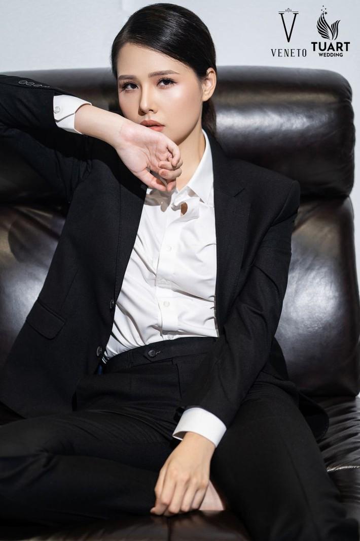 Hot boy U23 Việt Nam bất ngờ đóng cặp với người đẹp màn ảnh nhỏ Phanh Lee - Ảnh 2.