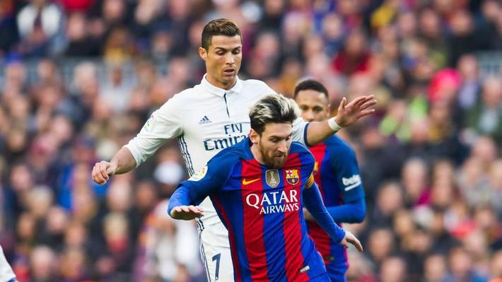 Messi cùng dàn sao Barcelona dẫn vợ và bạn gái đi ăn mừng trước thềm El Clasico - Ảnh 7.