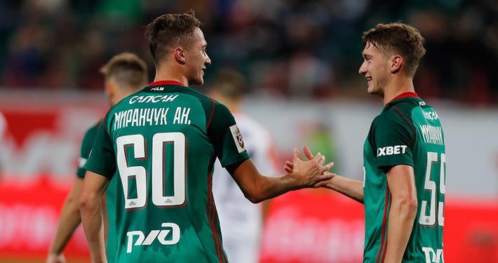 Cặp song sinh nước Nga: 15 tuổi bị chê gầy yếu thấp bé, 22 tuổi là hi vọng tại World Cup - Ảnh 5.