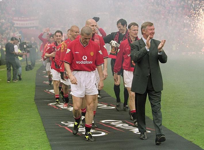 Cơn say tuổi 21 đem về cho Sir Alex Ferguson bản hợp đồng ưng ý nhất đời - Ảnh 3.