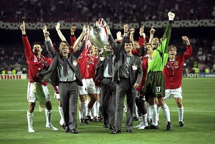 Cơn say tuổi 21 đem về cho Sir Alex Ferguson bản hợp đồng ưng ý nhất đời - Ảnh 4.